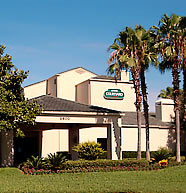 Courtyard by Marriott Orlando International Drive 1 of 7