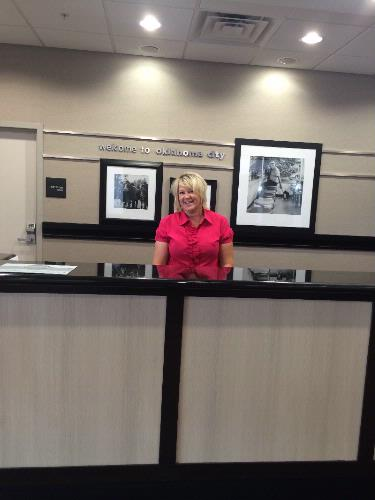 Front Desk 4 of 8