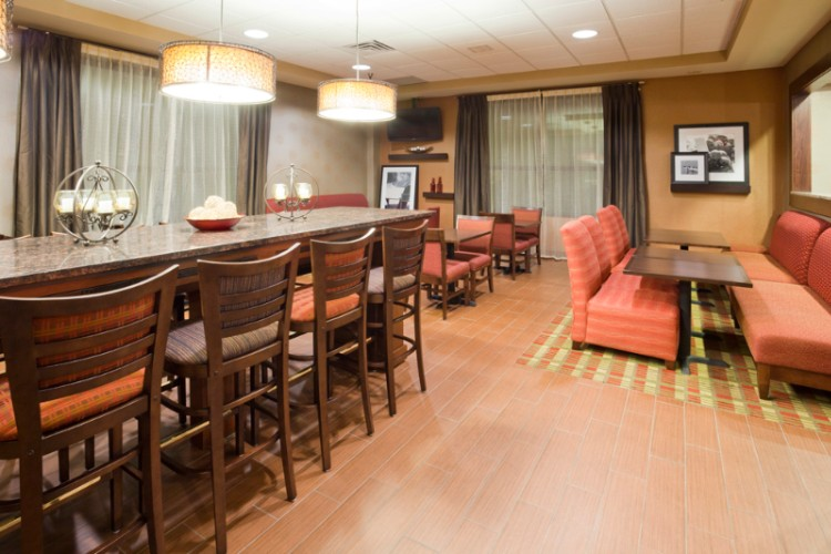 Best Western Plus St. Paul North / Shoreview 1 of 10