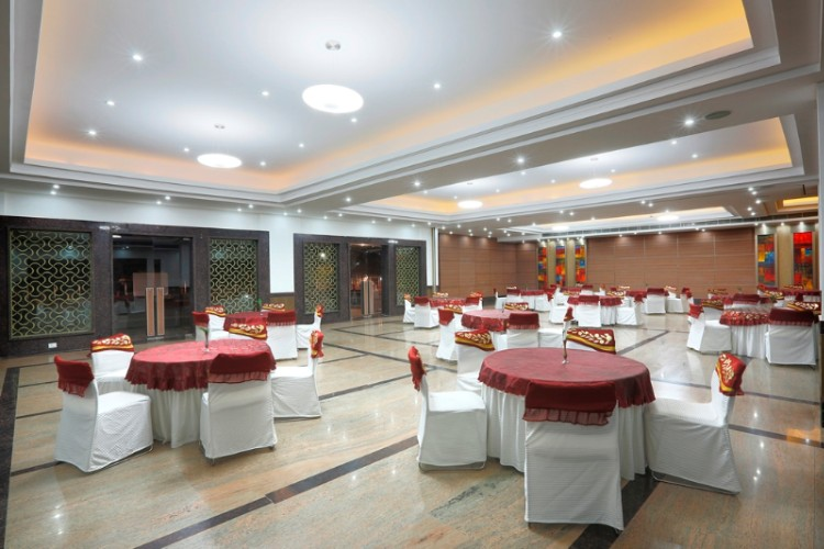 Banquet Hall 19 of 29
