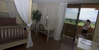 Bridal Suite With Golf View 6 of 10