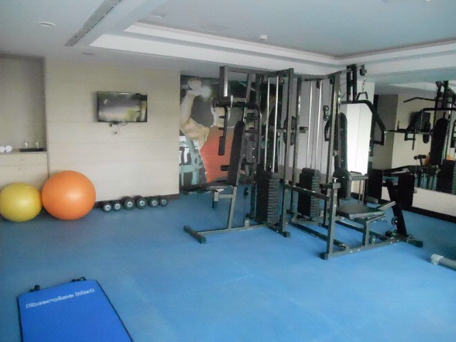 Fitness Centre 10 of 11