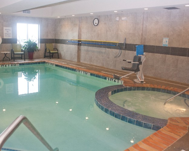 Heated Saltwater Swimming Pool And Spa 11 of 21