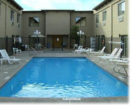 Heated Outdoor Pool -Open Year \'round! 10 of 27