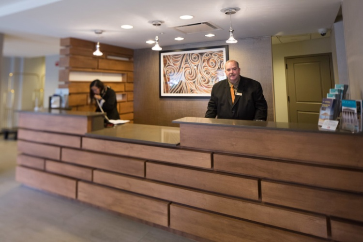 Front Desk 9 of 9