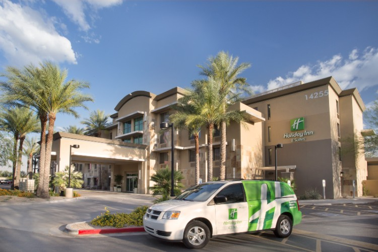 Holiday Inn & Suites Scottsdale Airpark North 1 of 13