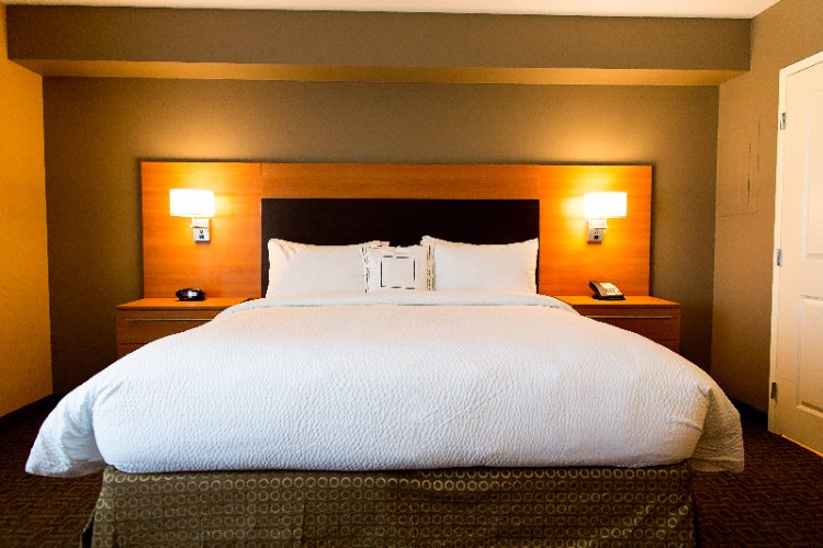 2 Queen Size Bedded Suite 2 of 8