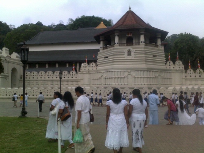 Temple Of The Tooth Relic Of Lord Buddah At Kandy Sri Lanka 28 of 31