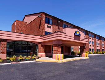 Days Inn Martinsburg 1 of 9