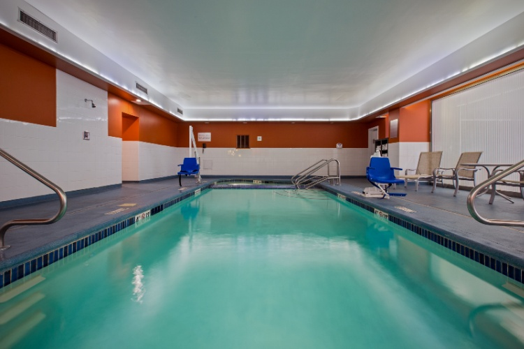 Indoor Pool 13 of 22