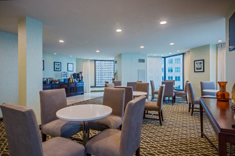 Concierge Lounge For Ihg Gold And Platinum Members 16 of 22