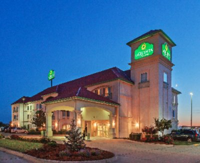 La Quinta Inn & Suites North Platte 1 of 15