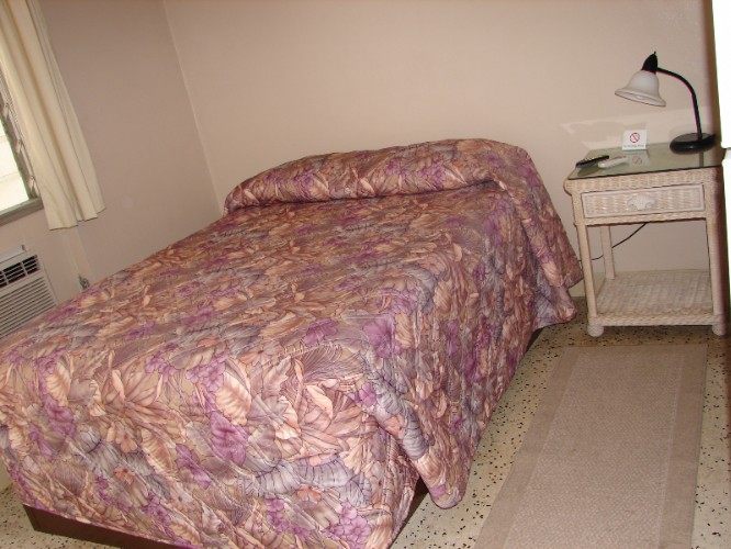 1 Bed Small Room 13 of 14