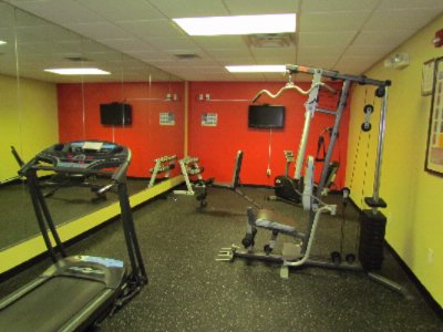 Fitness Center 8 of 12