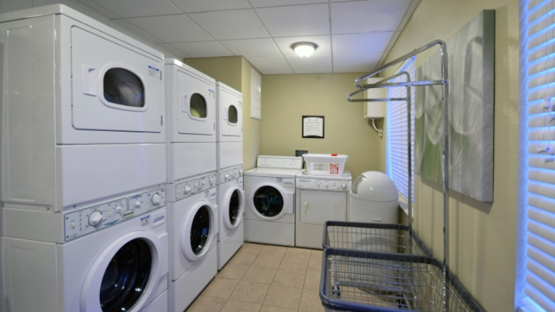 Guest Laundry Room 14 of 16