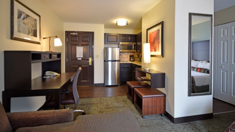 Staybridge Suites Cincinnati North West Chester Oh 8955