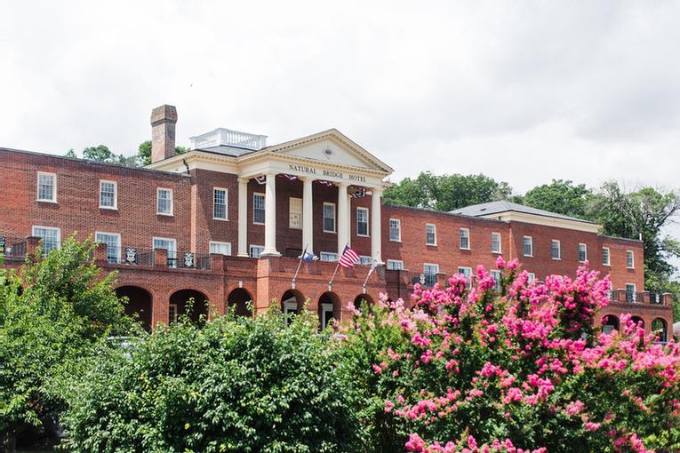 Virginias Historic Natural Bridge Hotel Confere 15 Ledore Lane Va 24578