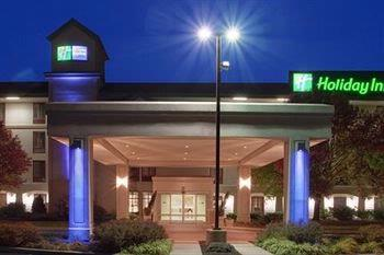 Holiday Inn Express Frazer / Malvern 1 of 4