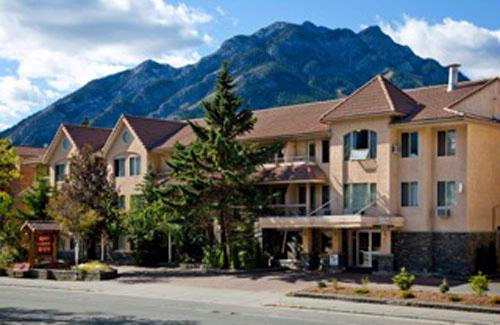 Banff Red Carpet Inn 1 of 15