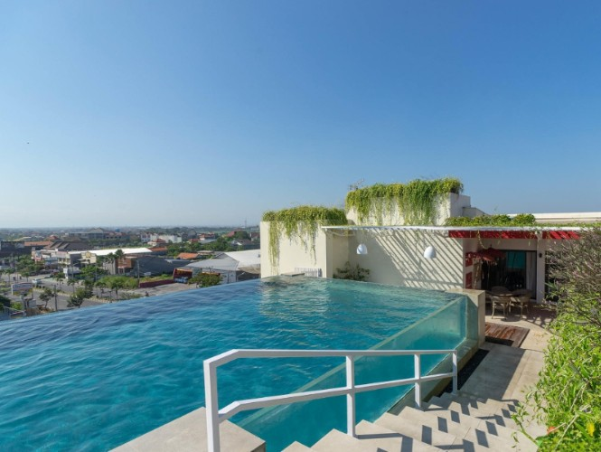 Rooftop Pool 2 of 29