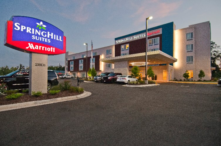 Marriott Springhill Suites Located 1 Block From Tanger Outlet 2 of 14