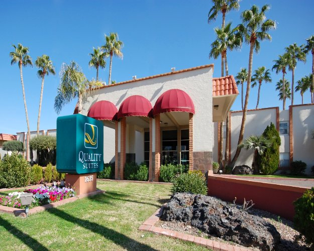 Suburban Extended Stay Hotel Near Asu 1 of 12