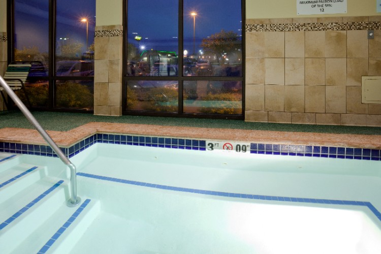 Relaxing Hot Tub At The Holiday Inn Express Collins Road 9 of 16