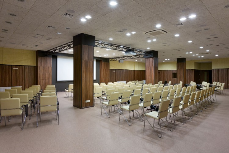 Conference Hall 17 of 18