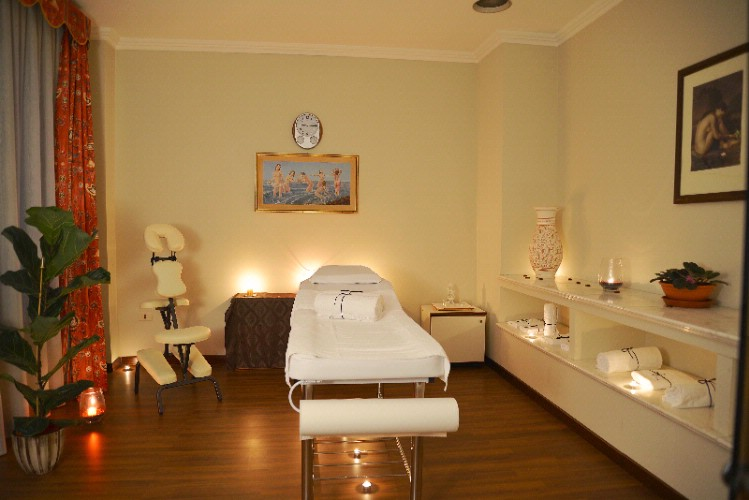 Massage Room 8 of 31