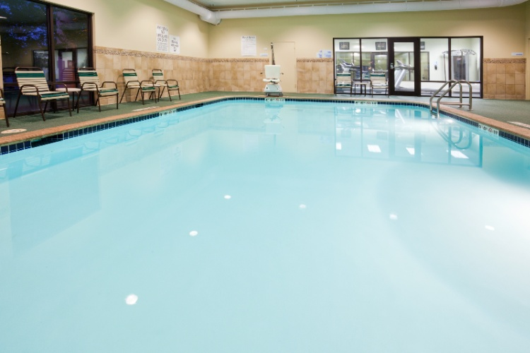 Indoor Heated Pool And Hot Tub 4 of 19