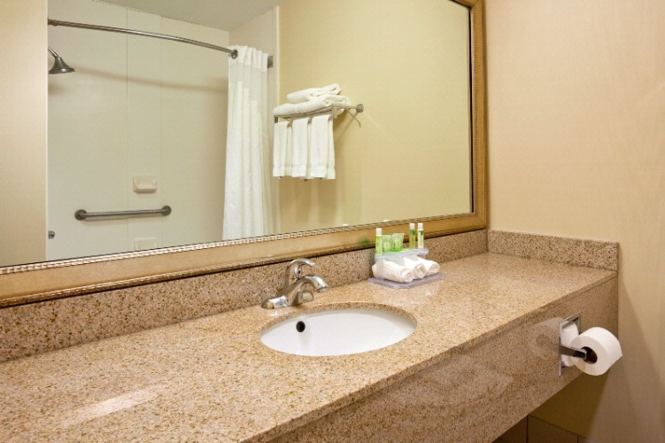 Spacious Guest Room Bathroom Vanity 8 of 19