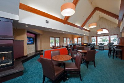 Dining Area With Complimentary Free Hot Breakfast 6 of 16