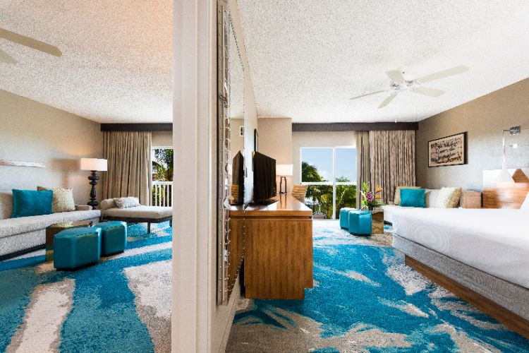 King 2 Room Suite Poolview 8 of 13