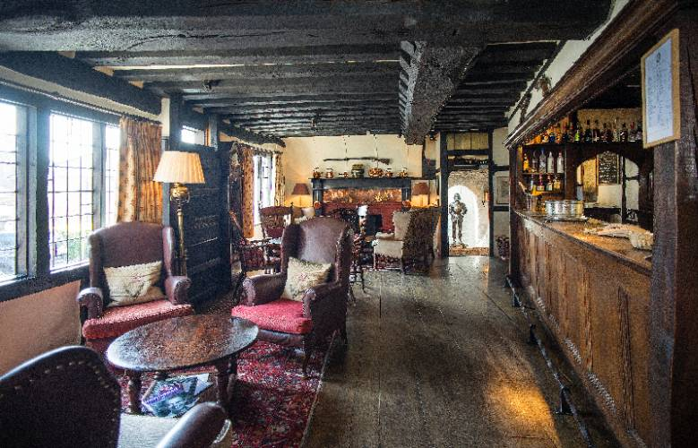 The Lounge Bar Dating From 1430 16 of 16