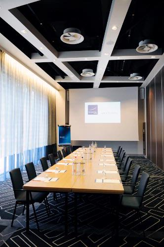 Meeting Room Rosa 9 of 13