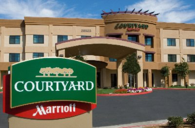 A Hotel In Santa Clarita To Meet All Your Group Needs. 2 of 11