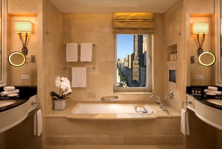 Suite Bathrooms At The Peninsula New York 8 of 30
