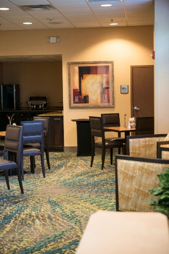 Concierge Lounge Available For Private Evening Reception Mon-Thu. 16 of 20