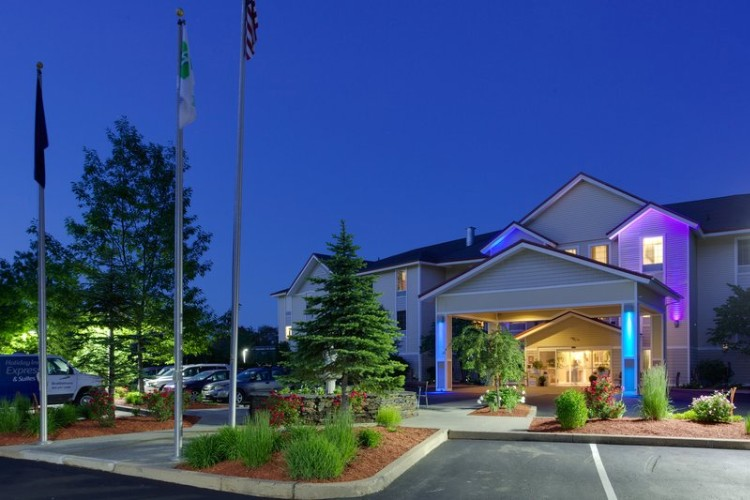 Holiday Inn Express & Suites Brattleboro 1 of 16