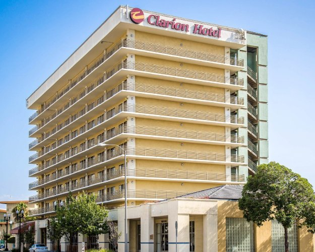 Clarion Hotel National City San Diego South 1 of 25