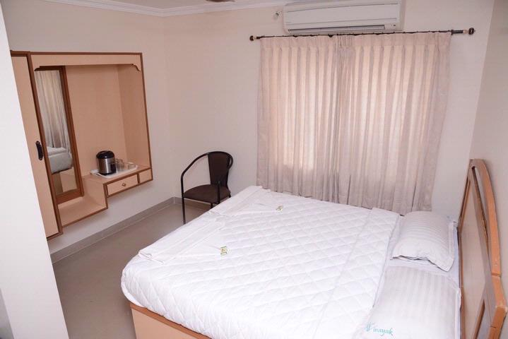 Double Room 4 of 10