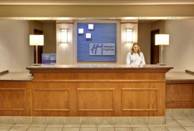 Front Desk 7 of 23