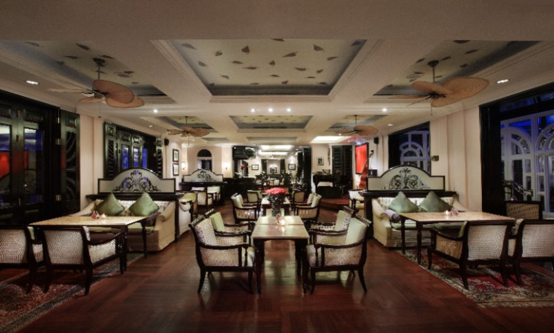 Sofitel Legend Metropole Hanoi -Le Club Bar 31 of 31