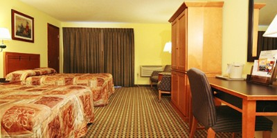 Deluxe Room With 2 Double Beds 2 of 10
