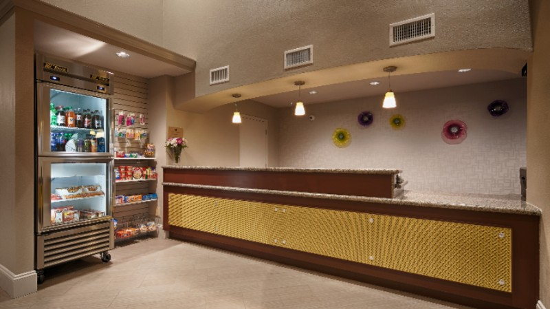 Front Desk / Market Place 3 of 15