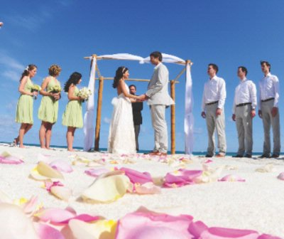 Beachside Weddings By The Plams Hotel & Spa 7 of 17