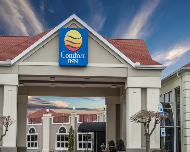 Comfort Inn Sandusky 1 of 16