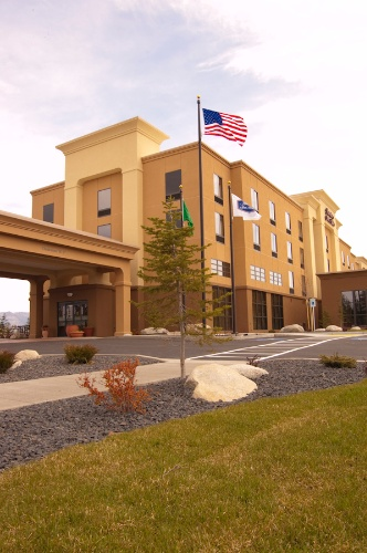 Hampton Inn & Suites Spokane Valley 1 of 8