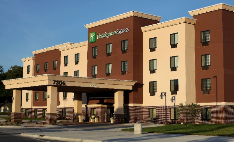 Holiday Inn Express Omaha Ralston Arena 1 of 19