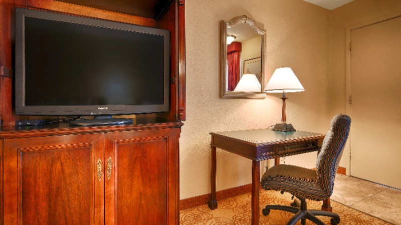 Catch Up On Your Tv Watching In The Comfort Of Our Rooms 6 of 13